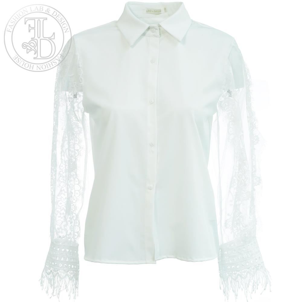 2019_WhiteLaceBlouse1
